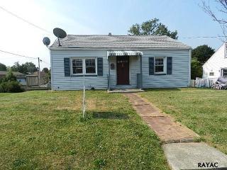 50 E Girard St, Dallastown, PA 17313