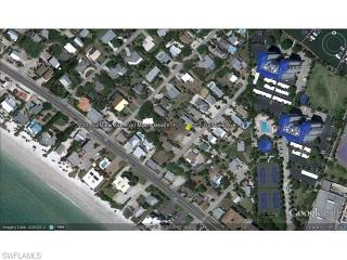 111 Gulfview Avenue, Fort Myers Beach FL