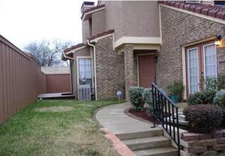 2642 Encina, Irving, TX 75038