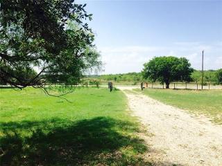 2336 Fm 147, Thornton, TX 76687