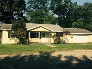811 N 5th St, Plymouth, IN 46563