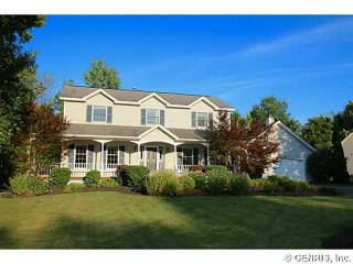 22 Little Glen Rd, Pittsford, NY 14534