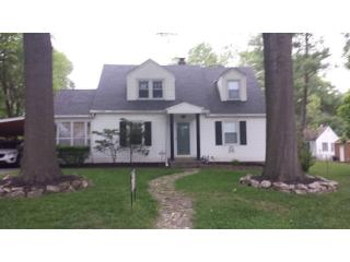 2903 S Forest Ave, Independence, MO 64052