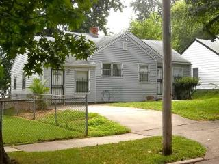 337 N Quincy Ave, Kansas City, MO 64123