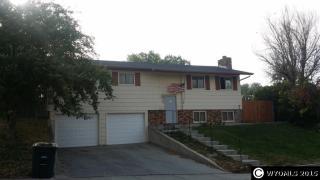 533 S 6th St, Glenrock, WY 82637
