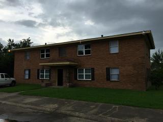 7622 Pecan Villas Dr #A, Houston, TX 77061