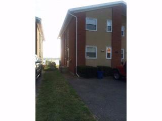 43 Sintsink Dr, Port Washington, NY 11050