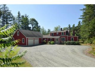 26 Heath Ln, New London, NH 03257