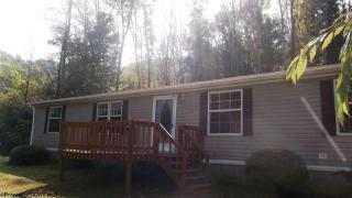208 Ridgeway Dr, Weston, WV 26452