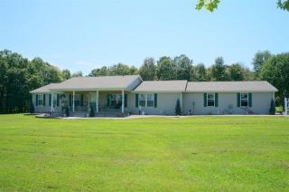 Address Not Disclosed, Hillsboro, KY 41049