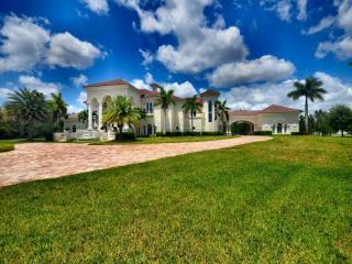 5900 Estates Dr, Southwest Ranches, FL 33330