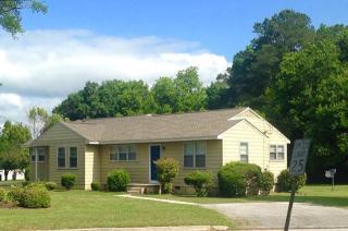 2292 Onslow Dr, Jacksonville, NC 28540