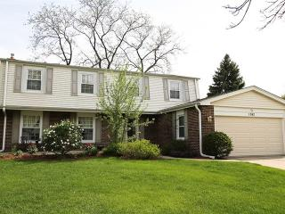 1042 Rosewood Terrace, Libertyville IL