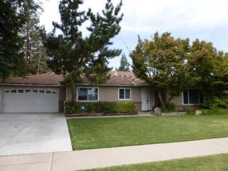 6709 N Teilman Ave, Fresno, CA 93711