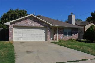 2623 18th St W, Irving, TX 75060