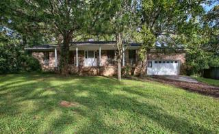 1527 Pineview Dr, Tallahassee, FL 32301