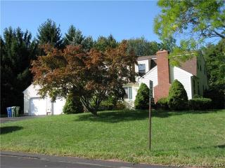 2 Sequoia Dr, Cromwell, CT 06416