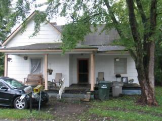 1903 Flint Ln, Gastonia, NC 28054