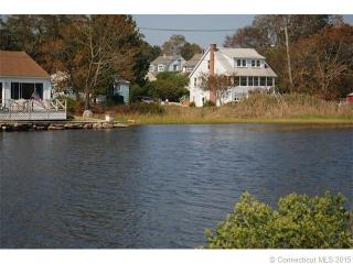 23 Shore Dr, Waterford, CT 06385