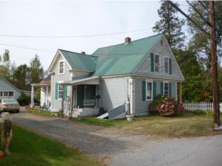 83 Middle St, Lancaster, NH 03584