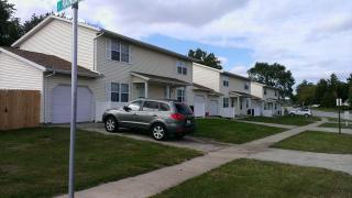 1003 S Smith Rd, Urbana, IL 61802