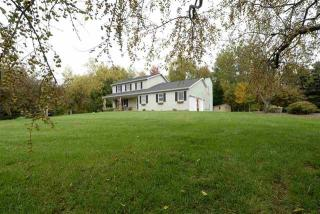 1517 Maplecrest Drive, Castleton-on-Hudson NY