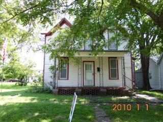 310 N B St, Herington, KS 67449