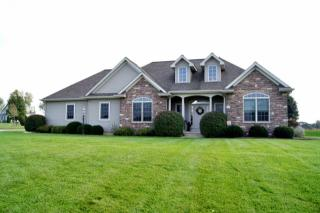 725 Persimmon Dr, Warsaw, IN 46582