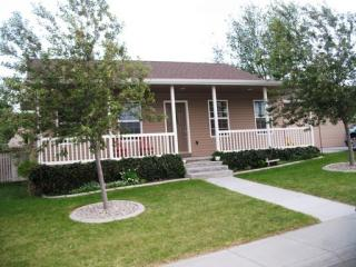 515 Sawtooth St, Mountain Home, ID 83647