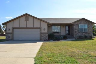 201 W Drovers Ln, Mount Hope, KS 67108