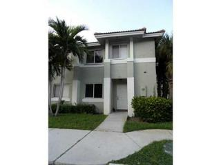 143 Hidden Court Rd #H41, Hollywood, FL 33023
