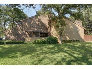 744 Oakwood Trl, Fort Worth, TX 76112