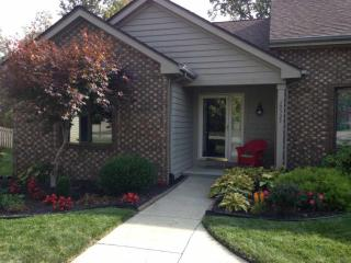 10535 White Cedar Rd, Fort Wayne, IN 46814