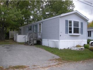 11 Colby Rd, Newmarket, NH 03857