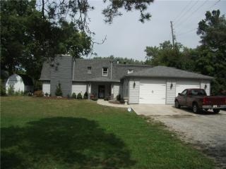 2348 E 75th St, Indianapolis, IN 46240