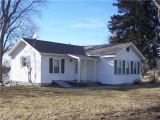 400 Pine St, Lathrop, MO 64465