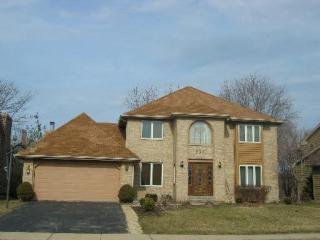 2371 Worthing Dr, Naperville, IL 60565