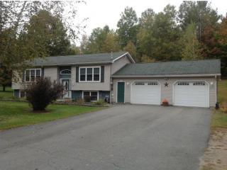 6122 River Rd, North Troy, VT 05859