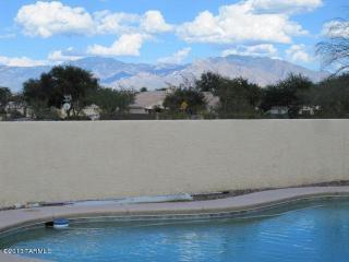 6860 W Chervil Pl, Tucson, AZ 85743