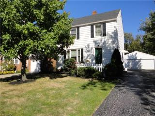 1891 Lawnway Road, South Euclid OH