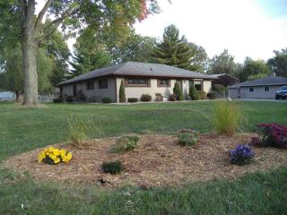 1401 Ranch Rd, Warsaw, IN 46580