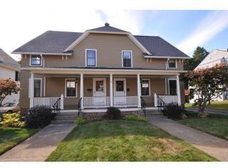 19 Spring St, Whitinsville, MA 01588