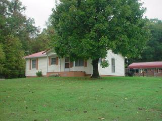 1186 Bruce Gap Rd, Caryville, TN 37714