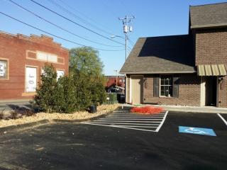 71 Cherry St #101, Johnson City, TN 37601