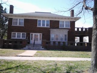 217 E Avenue A, Hutchinson, KS 67501