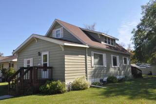 600 Center St, Roseau, MN 56751