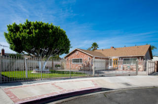 7815 Farmdale Ave, North Hollywood, CA 91605