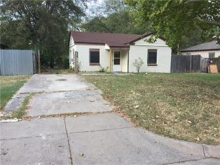 9128 N Dodson Dr, White Settlement, TX 76108
