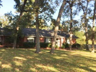 903 Covington Dr, Lufkin, TX 75904