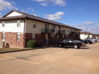 909 Southwest Blvd #- 909-J, Jefferson City, MO 65109